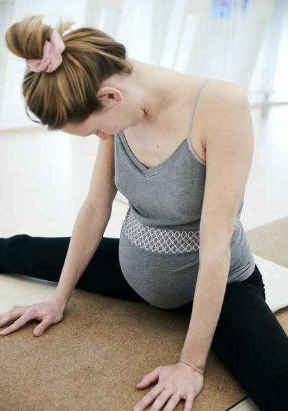 Yojo-yoga-og-jordemoder-kontakt-os